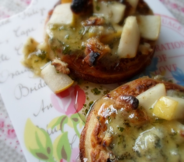 Pear, Stilton & Walnut Crumpet Pizzas, with a drizzle of Sage honey
