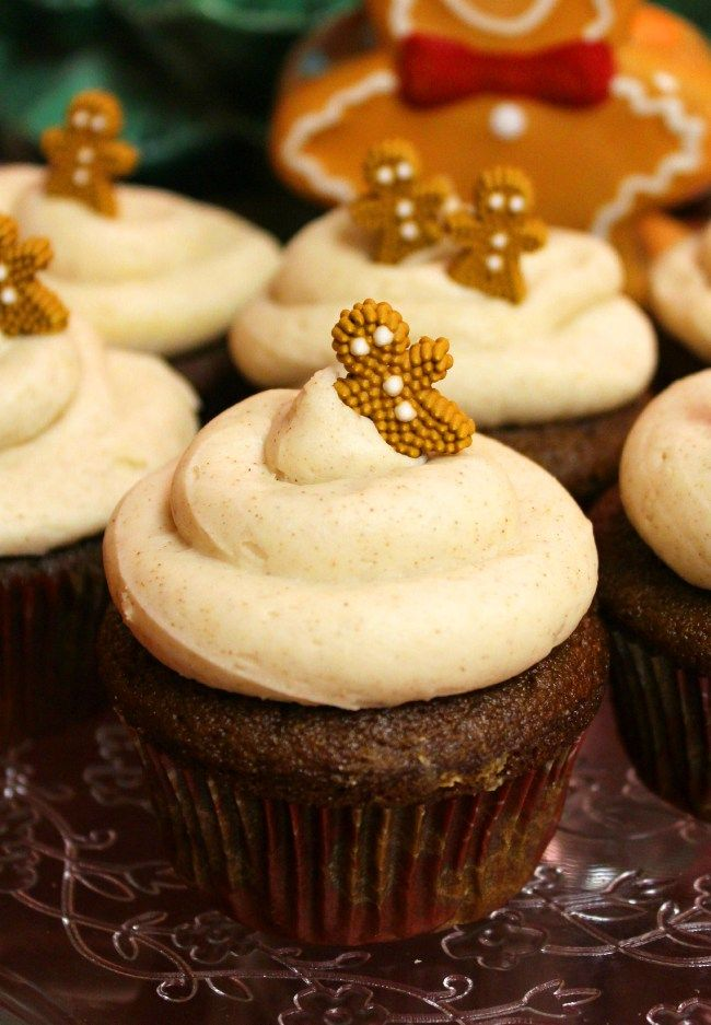 Gingerbread Cupcakes with Cinnamon Cream Cheese Frosting #recipe # ...