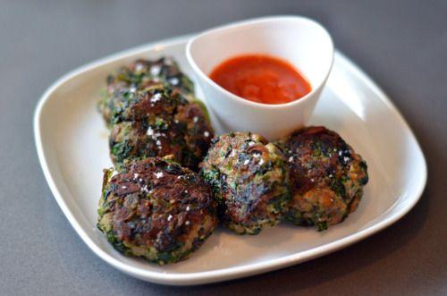 Green Sliders (Spinach, Mushroom, and Beef Mini Burgers) | Nom Nom ...