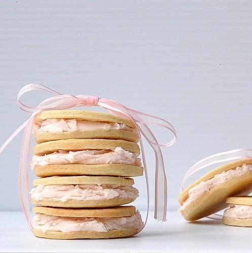Pink grapefruit sandwich cookies | Whoop Whoop! | Pinterest