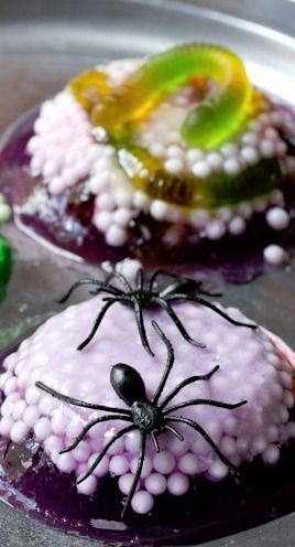 Spooky Worm and Spider Nests