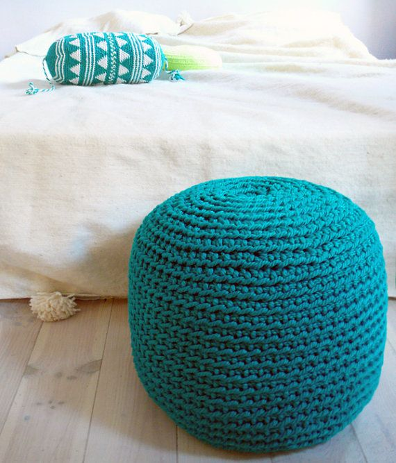 Crocheting With Thick Yarn : Pouf Crochet thick yarn Emerald por lacasadecoto en Etsy, ?85.00