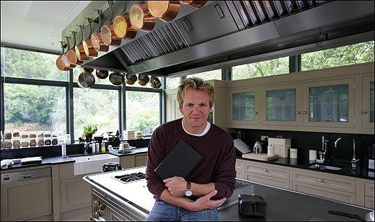 Chef gordon chef gordon ramsay pinterest for Gordon ramsay home kitchen