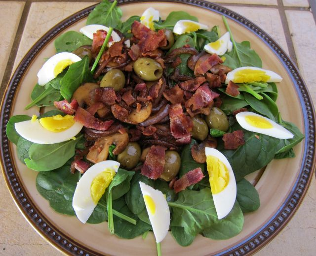 Spinach Salad with Warm Bacon Dressing | Paleo Salads | Pinterest