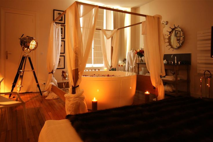 The most romantic hotel room ever boutique hotel for Most romantic boutique hotels