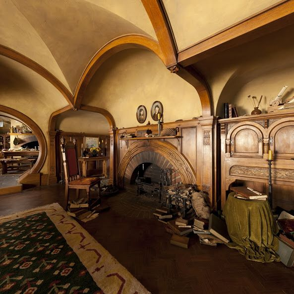 bag end hobbit hole interior ent film lotr hobbiton