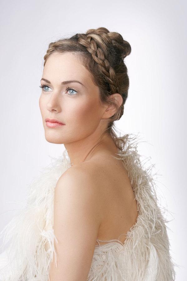 Classic Beauty. | Photography - Portrait Poses | Pinterest: pinterest.com/pin/146930006564896386