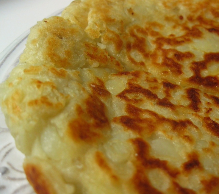"Irish Potato Farl Ingredients Make dough form patty 7-9"" 2 cups hot ..."
