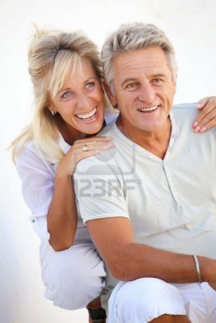Happy mature couple - Older couple Portrait ideas - Pinterest