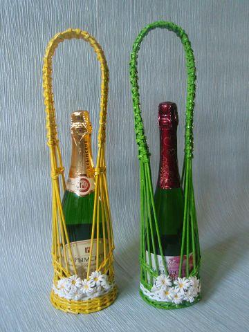 Плетение подставок под бутылку из газетных трубочек