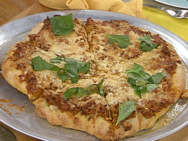 Chicken Parm Pizza recipe from Rachael Ray --> Just made this tonight ...