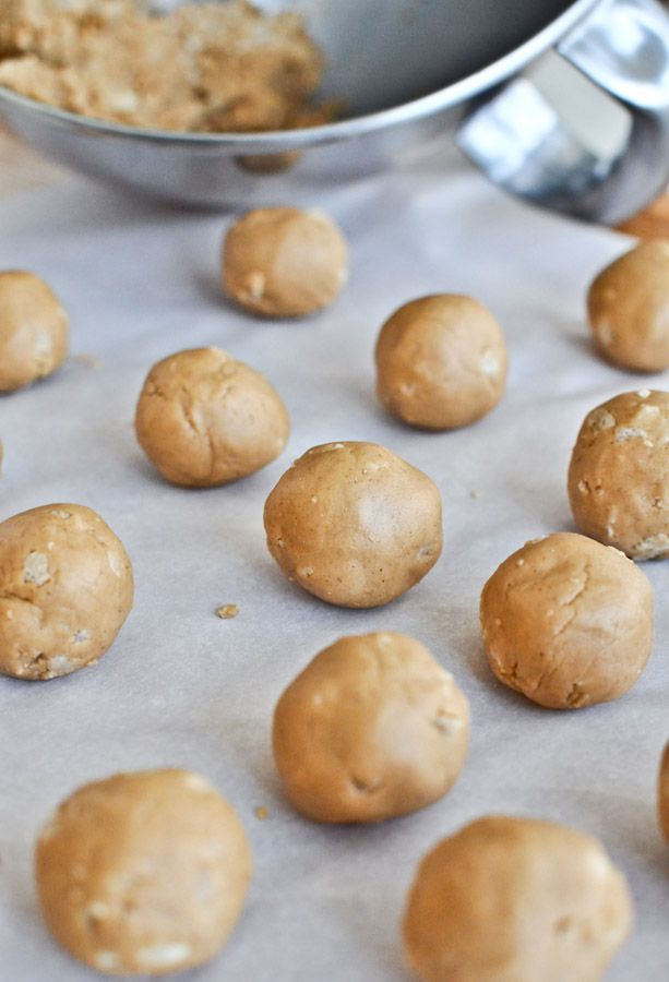 Peanut Butter Chocolate Truffles | Food to Try | Pinterest