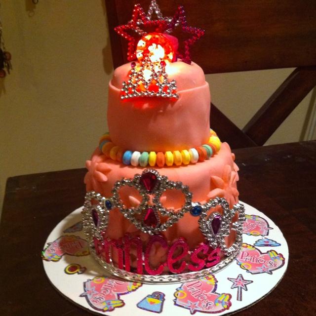 Itty bitty princess cake | Cake | Pinterest