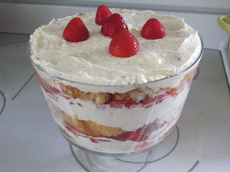 Strawberry Angel Food Dessert | Trifles and Parfaits | Pinterest