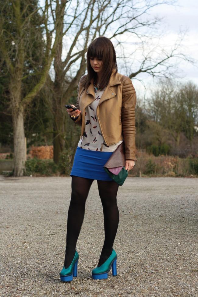 black tights black pantyhose opaque tights opaque pantyhose legs long legs sexy legs hosed legs skirt blue skirt short skirt mini skirt cute ...