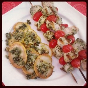Pesto Chicken and Tomato Kebabs & Pesto-Topped Grilled Summer Squash ...