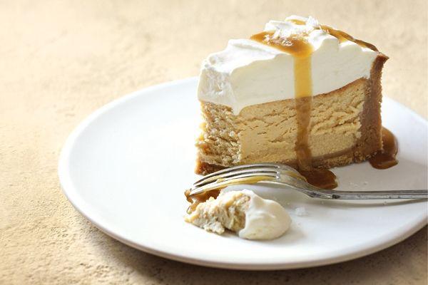 Salted Caramel Vanilla Cheesecake | Cheesecake love:) | Pinterest