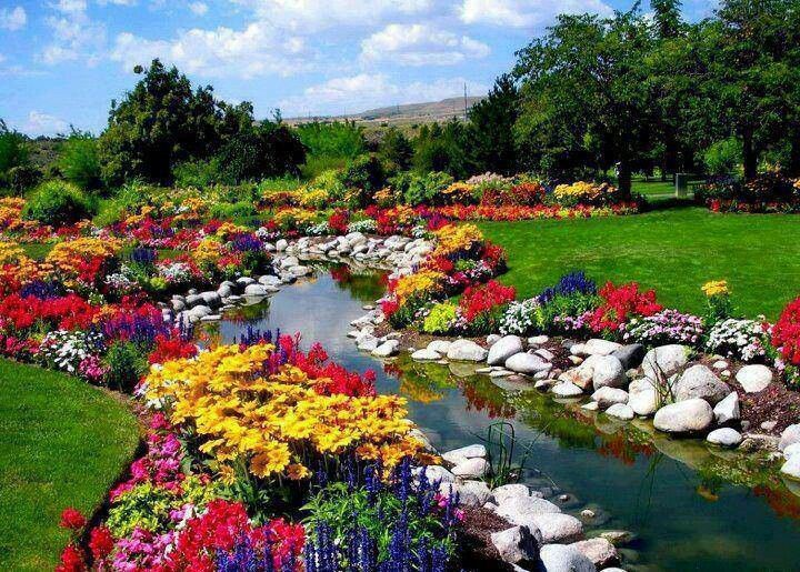 Very Beautiful Garden Beautiful Gardens Pinterest