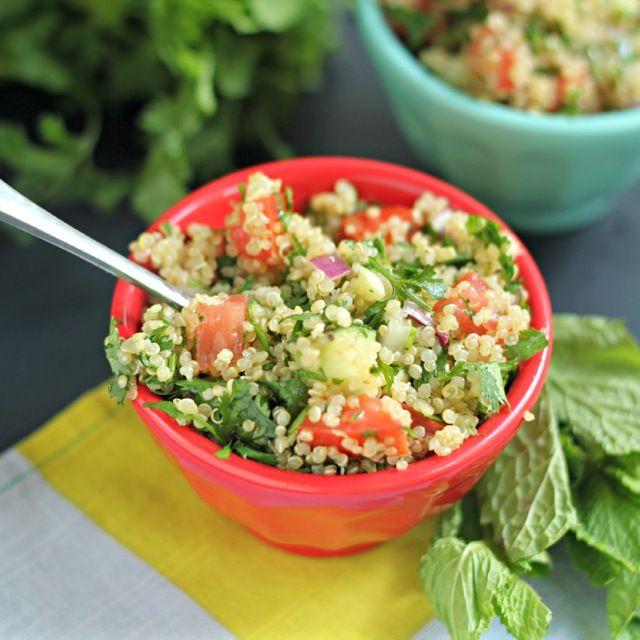 Quinoa tabbouleh salad! | yum-o | Pinterest