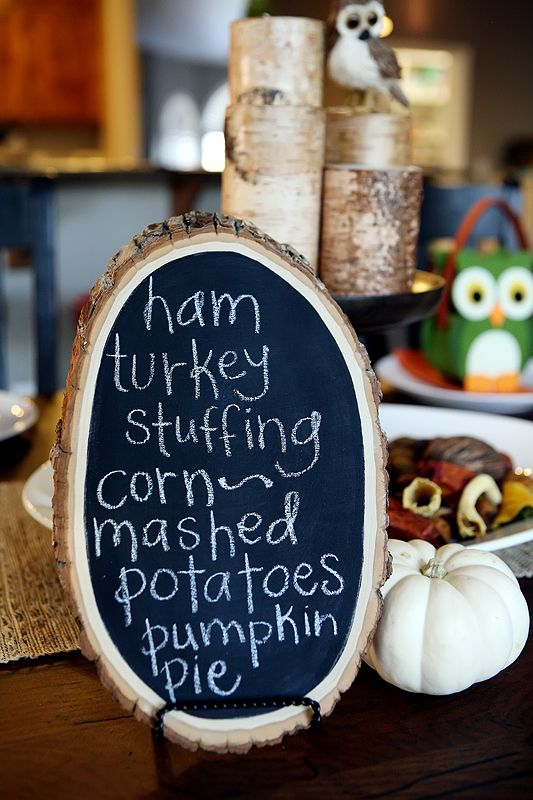 Wood plank chalkboard DIY, cozy & useful for the Thanksgiving table! Make small chalkboards for each person's name & send them home as little keepsakes. via eighteen25 #Thanksgiving #Buffet #Chalkboard #Christmas #Holidays