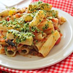 Baked rigatoni with eggplant and pine nut crunch. So full of vitamins ...