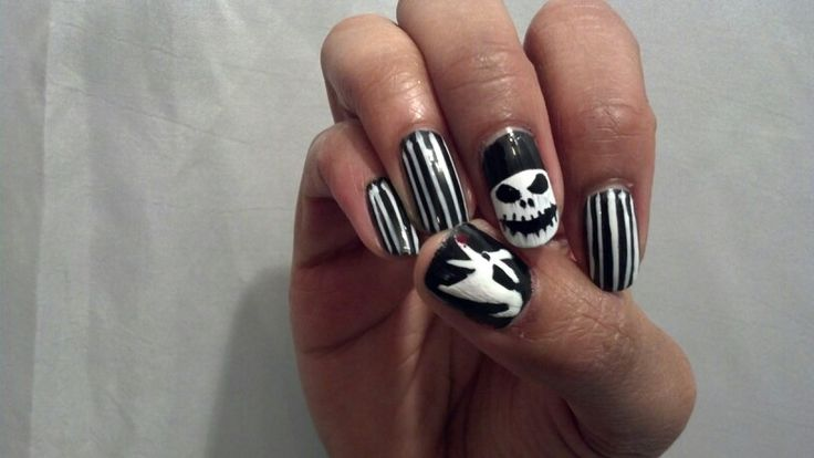 Halloween Nail Art. Lesson learned: patience nail art paint takes