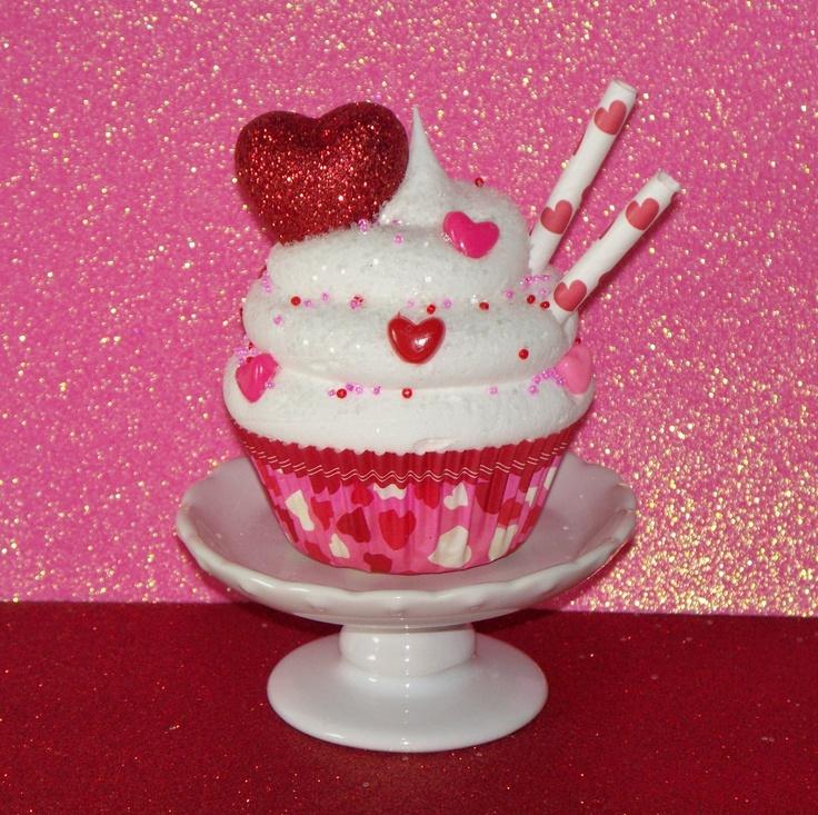 valentine cupcake ice cream cones