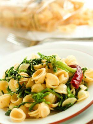... : Orecchiette with Broccoli Rabe - Orecchiette con le Cime di Rapa