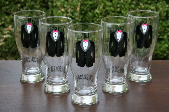 Wedding Party Gift Ideas For Groomsmen Canada : ... Personalized Groom and Groomsmen Beer Pilsners, Wedding Party Glasses