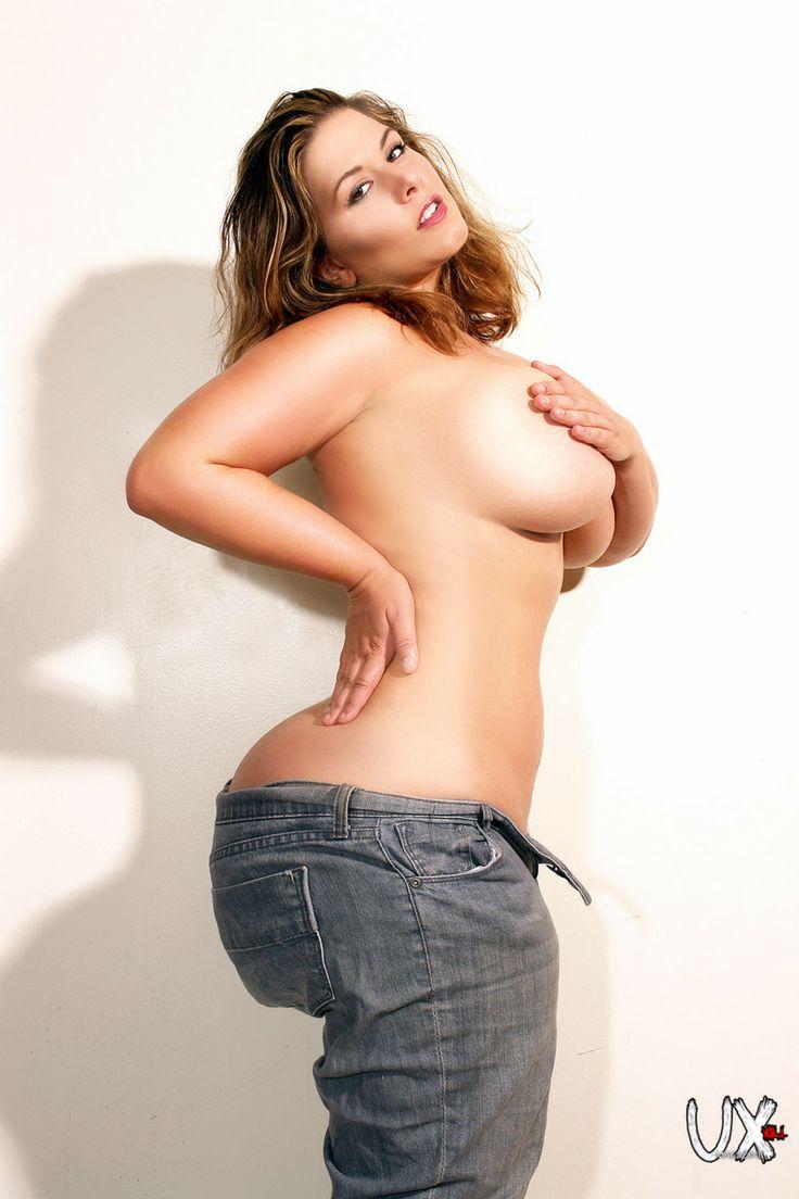 Nude big tits tank top