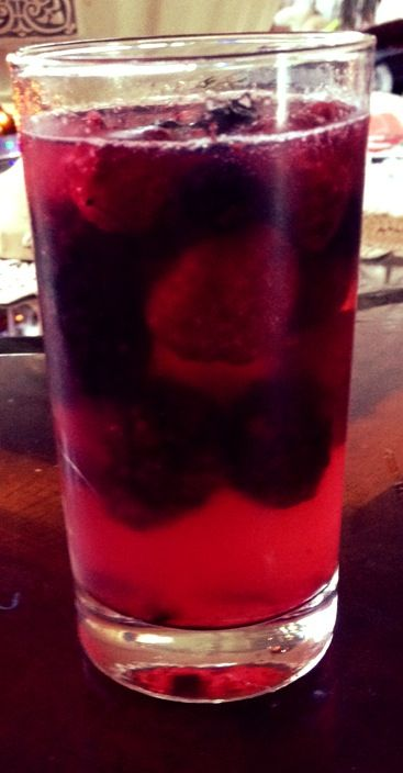 Sparkling piña colada Berry cocktail | CHEFS FOOD & MORE …