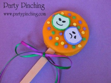 cute moon pie- mini moon pie pop | MARDI GRAS CELEBRATIONS | Pinterest
