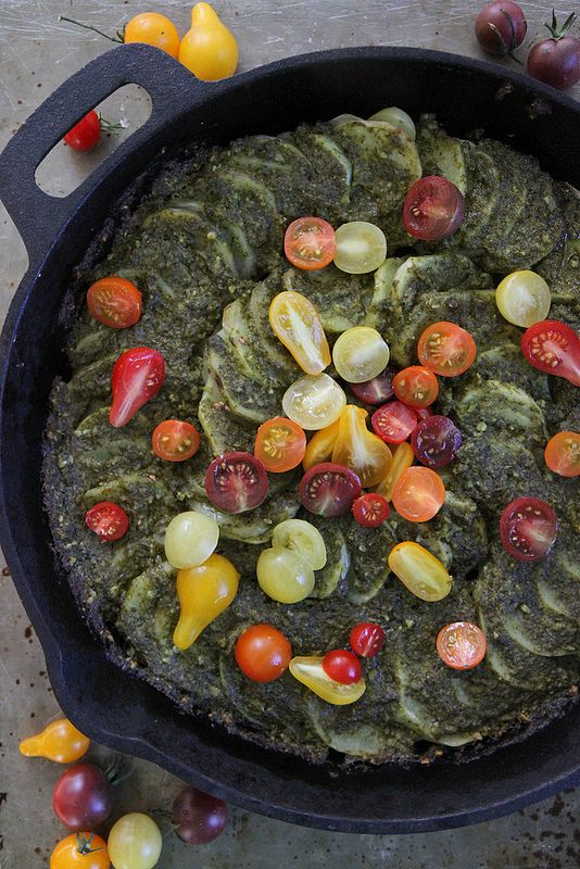 Pesto Baked Skillet Potatoes #Potatoes #Pesto #Basil #Tomatoes # ...