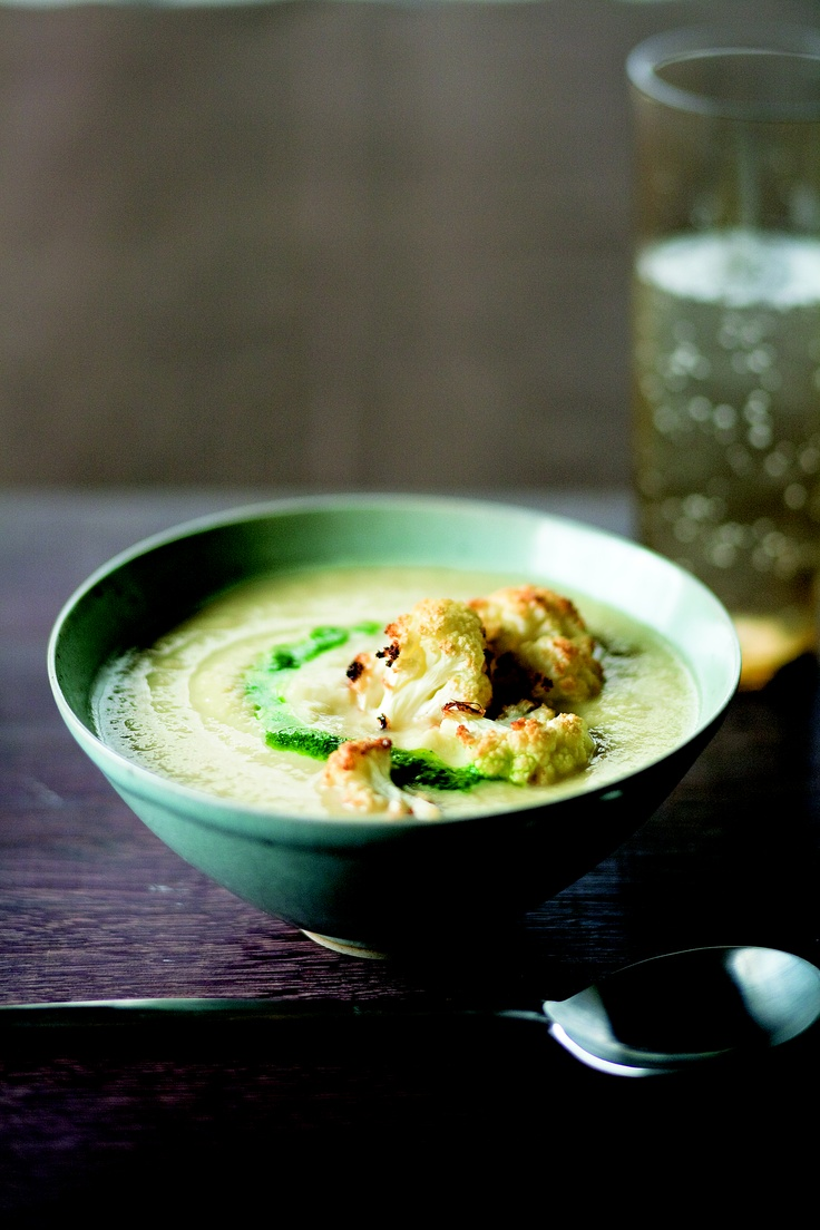 Creamy Cauliflower Soup with Caramelized Cauliflower