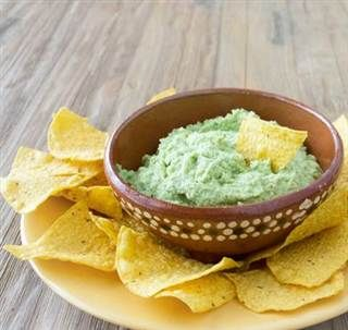 No avocados? No problem! Try these tips to make guacamole with a twist
