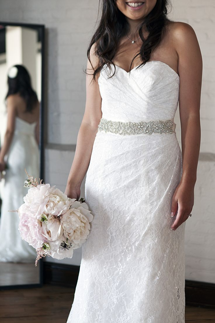 Sweetheart Strapless Lace Gown/WG3263