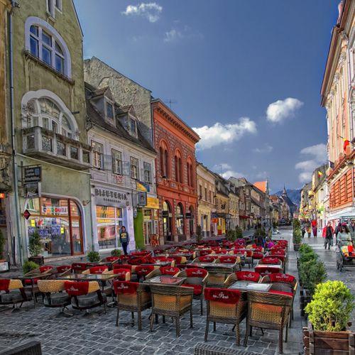 Brasov Romania  City pictures : Pedestrian street view in the transylvanian city of Brasov, Romania.