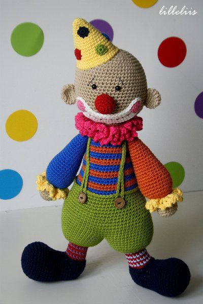 Chatterbox the Clown - amigurumi toy Amigurumi Pinterest