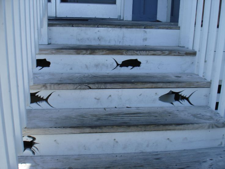 cute idea for beach cottage steps! When I get my beach house one day!!