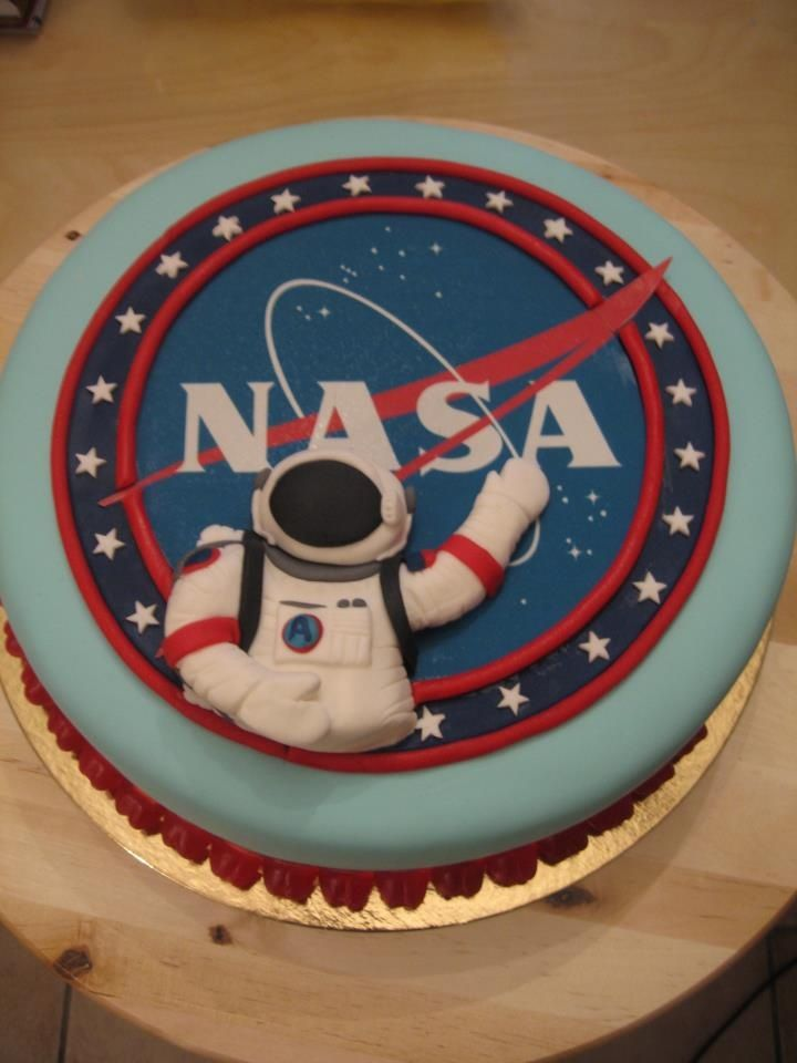 Nasa cake aerospace food happy birthday nasa outer for Cake decorations outer space