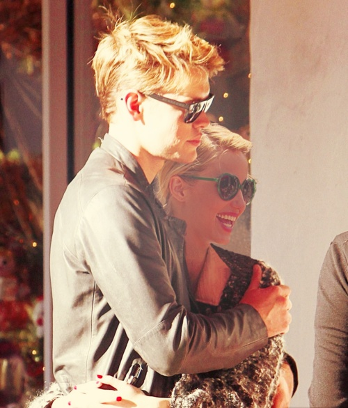 dianna agron and chord overstreet flawless people