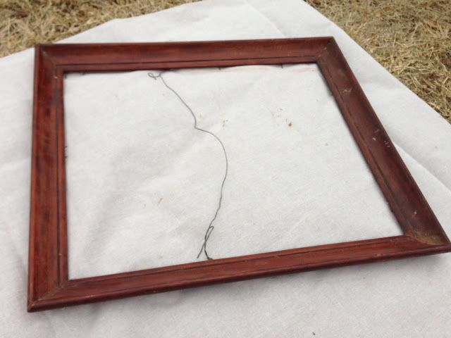 Diy Wire Frame Glasses : DIY Chicken Wire Frame Frames, MiRRoRs, & Thangs ...
