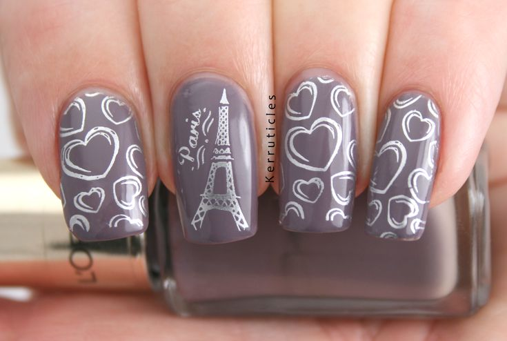 Рисунки а ногтях эйфелева башня