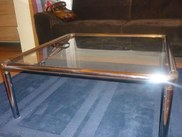 Table basse moderne kijiji for Meuble antique kijiji