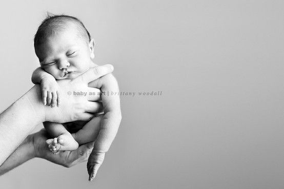 hello baby! 30 inspiring ideas for newborn pictures