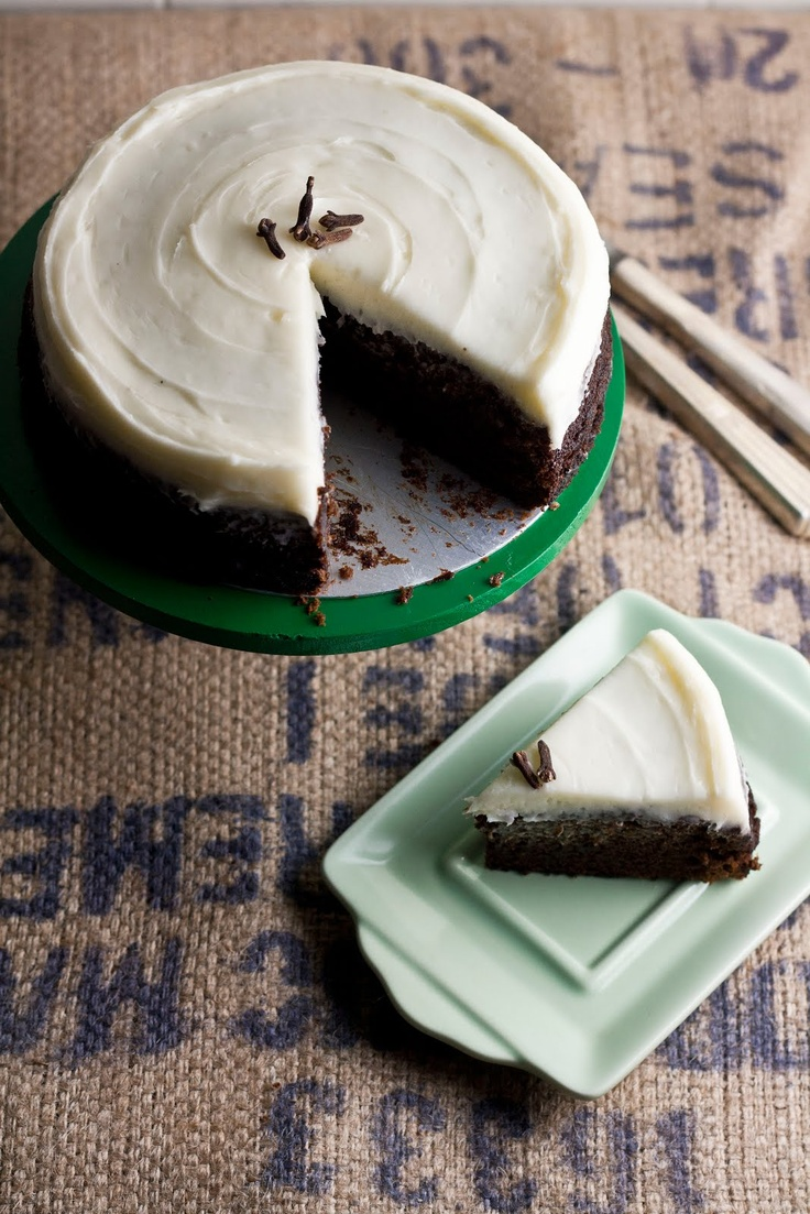 Spicy Gingerbread Cake | Holiday treats | Pinterest