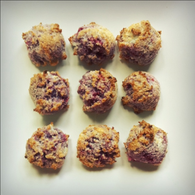 Coconut raspberry macaroons | Things I've Made | Pinterest