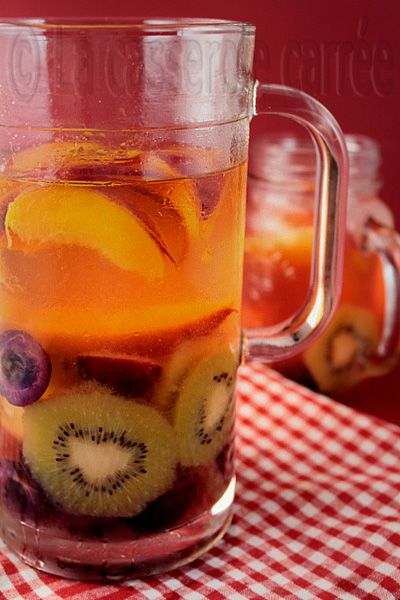 This is recipe for White Sangria summer fruit from LA CASSEEROLE ...