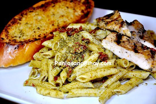 Chicken Pesto Pasta is a healthy and easy chicken pasta dish that you ...
