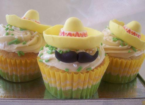 Cinco de mayo cupcakes! HAHA luv these!